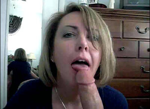 Cum swallowing milf