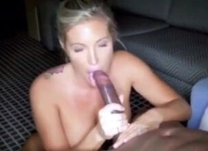 Milf screaming orgasm