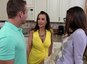 Lisa ann stepmom